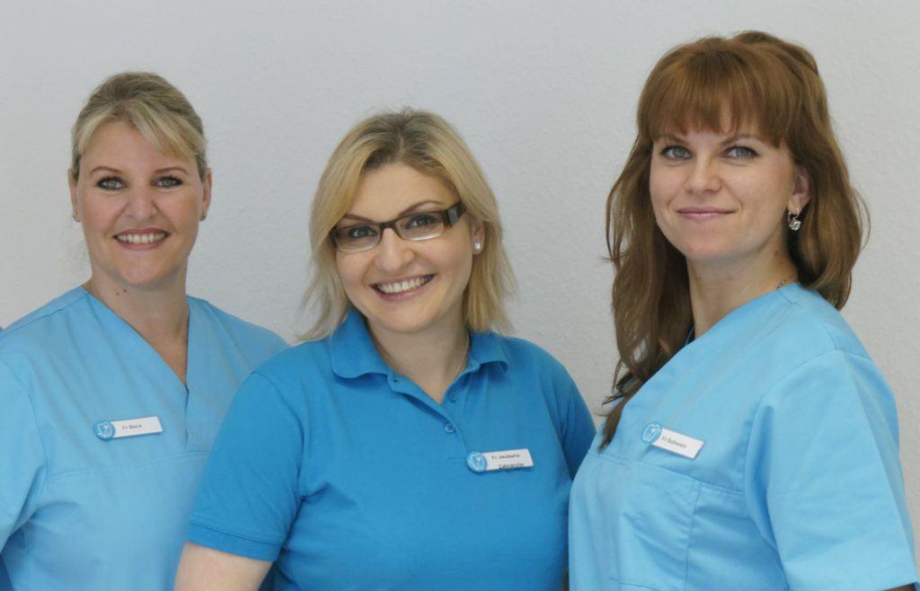 Team der Zahnarztpraxis Jguburia in Hannover Mitte